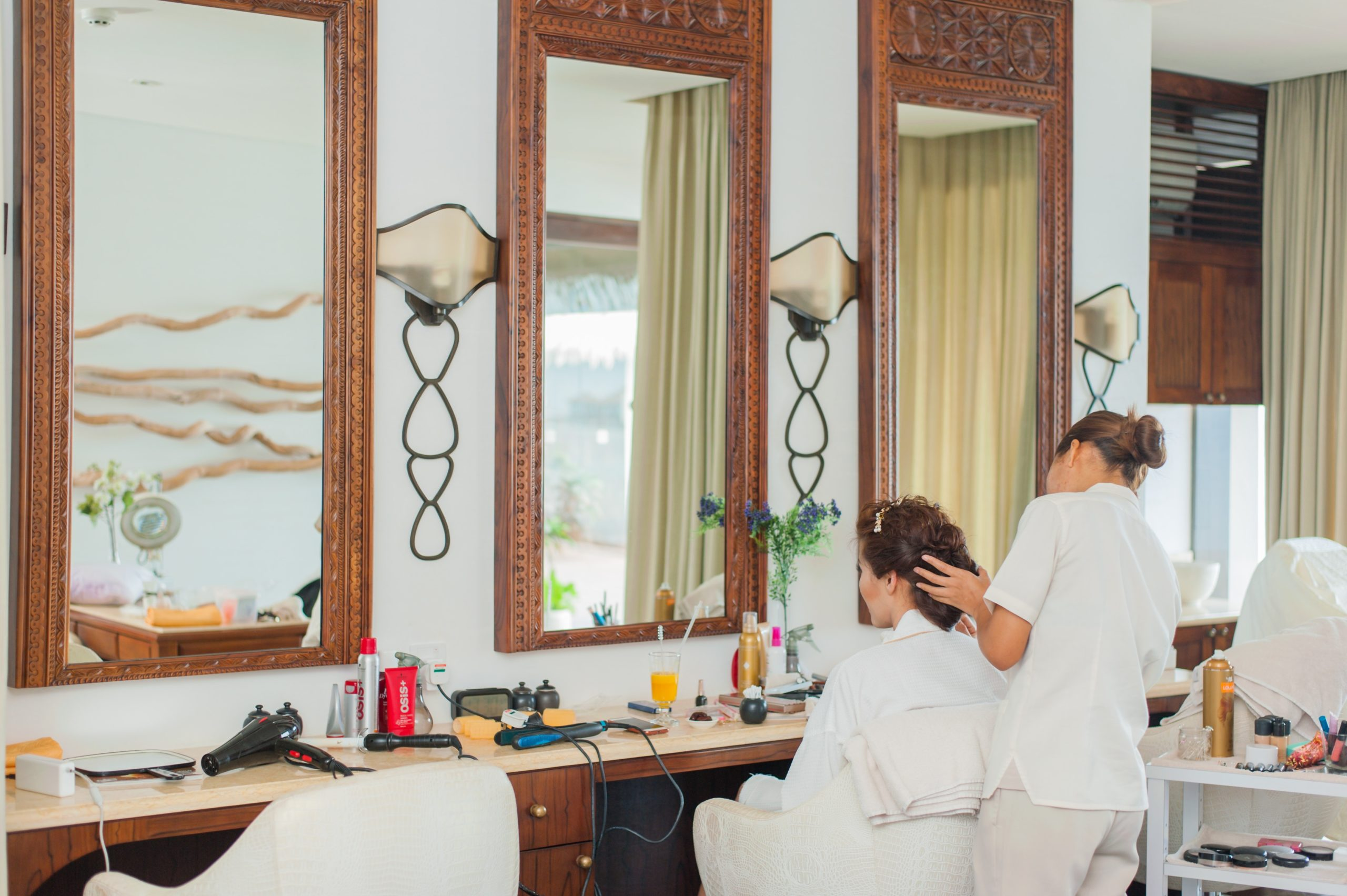 Maintain a Successful Business with a Beauty Salon Insurance Beauty Salon Insurance | Sparrow Insurance